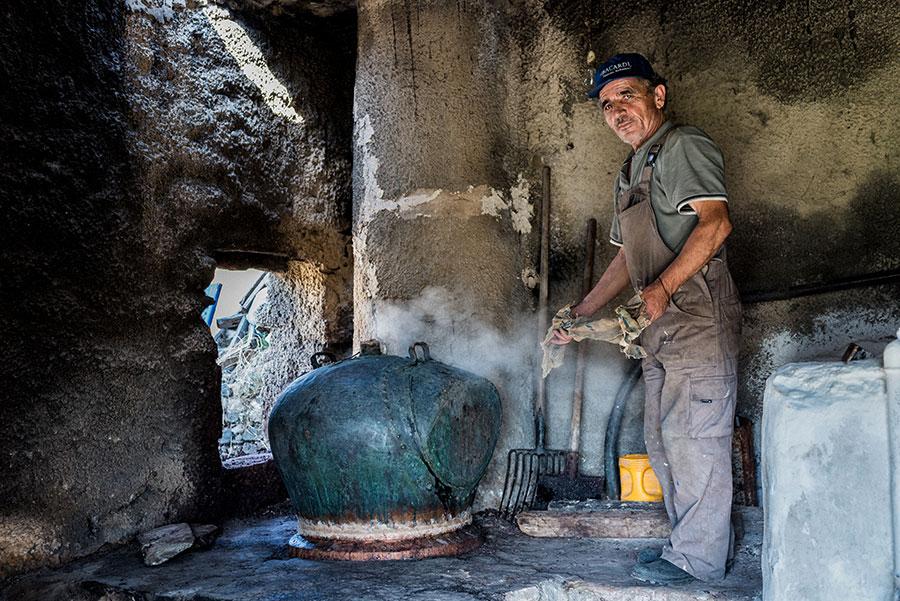 Σούμα καζάνι, Πάρος | © Νίκος Ευστρατίου | Φωτογράφος